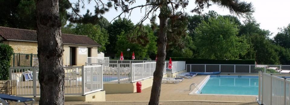 Barri re de piscine en aluminium et protection aluminium for Piscine aluminium