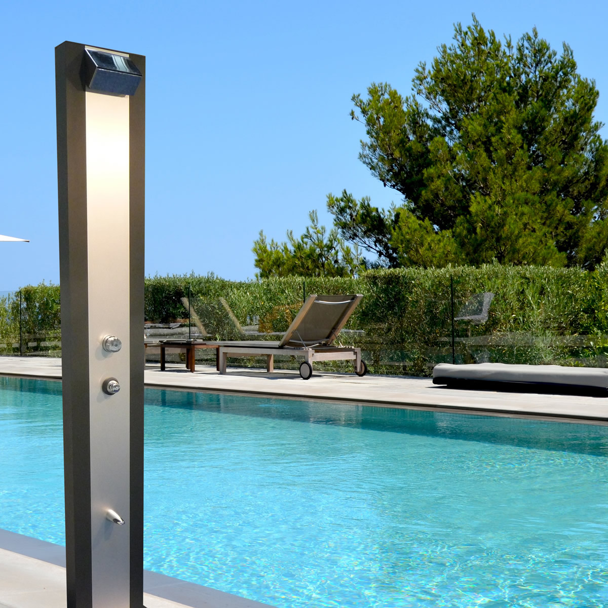 douche solaire axium aluminium toulouse. Black Bedroom Furniture Sets. Home Design Ideas